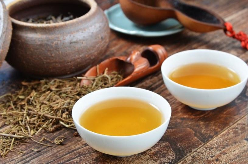 Żółta herbata /©123RF/PICSEL