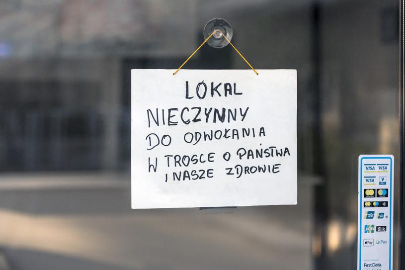 Żółta strefa bije w biznes /Arkadiusz Ziółek /Agencja SE/East News
