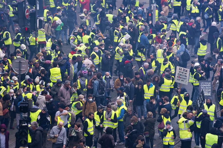 """Żółte kamizelki"" w Bordeaux /CAROLINE BLUMBERG /PAP/EPA"