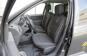 Żółte wstawki cieszą oko, ale nie ukryją zbyt krótkich i zbyt miękkich siedzisk foteli przednich. /Motor