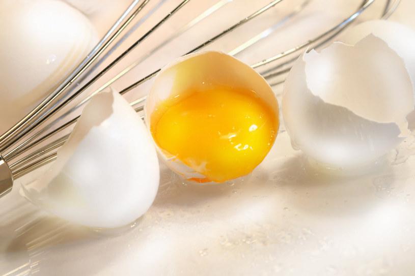 żółtko jajka zalety /© Photogenica