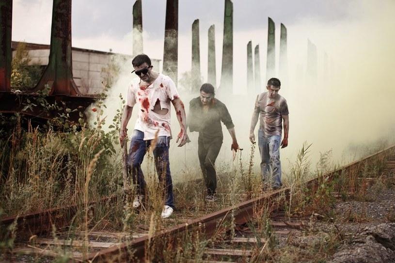 Zombie to nie efekt uboczny wirusa Ebola /123RF/PICSEL