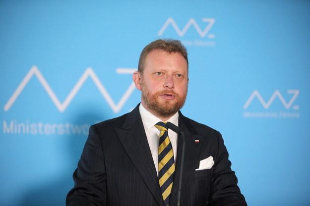 Żona byłego ministra potwierdza: Łukasz Szumowski z powodu koronawirusa trafił do szpitala