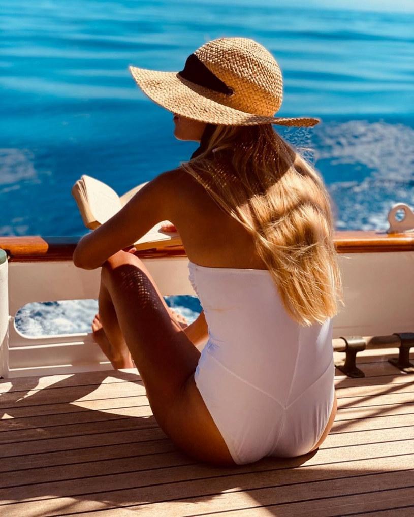 Żona Jamesa Middletona, Alizee Thevenet w kostiumie kąpielowym /Instagram/BEEM /East News