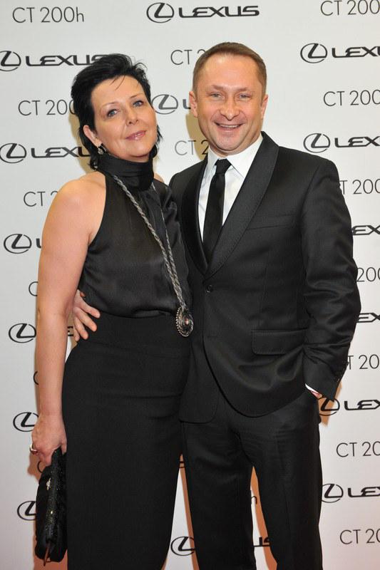 Żona Marianna imponuje Kamilowi Durczokowi swoją mądrością i cierpliwością  /East News