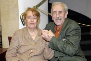 – Żona uszlachetnia męża – twierdzi aktor. Jest szczęśliwym mężem Hanny już od 56 lat. Poznali się jeszcze w szkole teatralnej. /fot  /AKPA