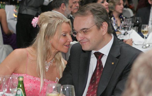 Żona Waldemara Pawlaka oskarżała męża o liczne zdrady i psychiczne znęcanie  /East News