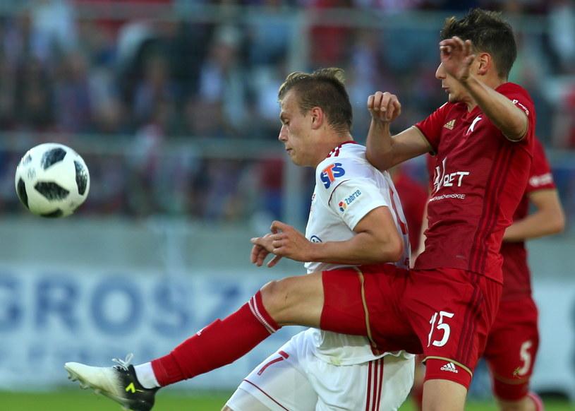 Zoran Arsenić w meczu z Górnikiem Zabrze /Andrzej  Grygiel /PAP