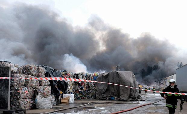 Żory: Ruszyło śledztwo ws. pożaru składowiska
