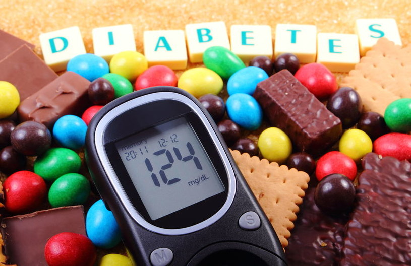 Zrezygnuj ze słodyczy /©123RF/PICSEL