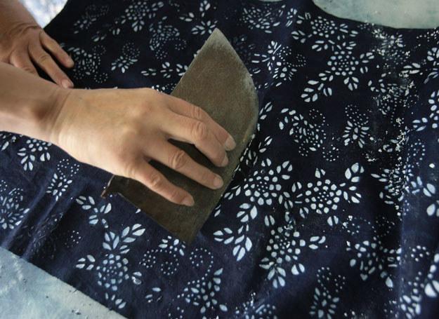 Zrobienie batiku to nie sztuka /Getty Images/Flash Press Media