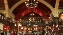 Zrobili pub z kościoła! Bar w miejscu ołtarza
