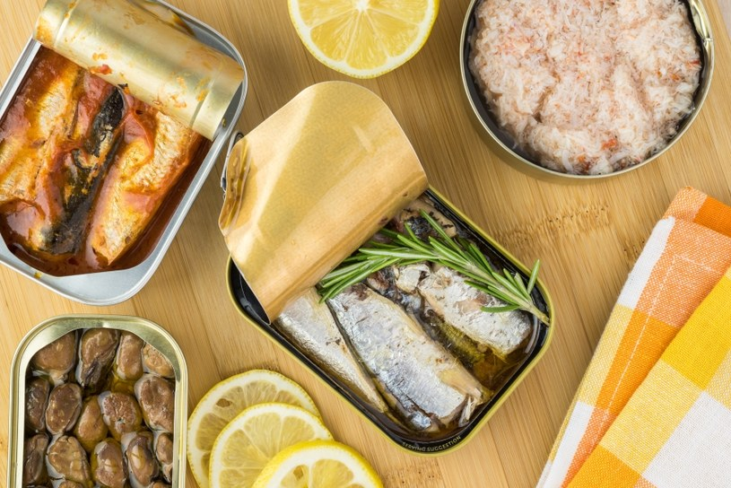 Źródłem witaminy D są ryby /©123RF/PICSEL