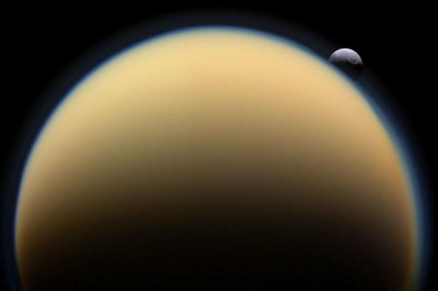 Źródło metanu na Tytanie już uległo wyczerpaniu? /NASA