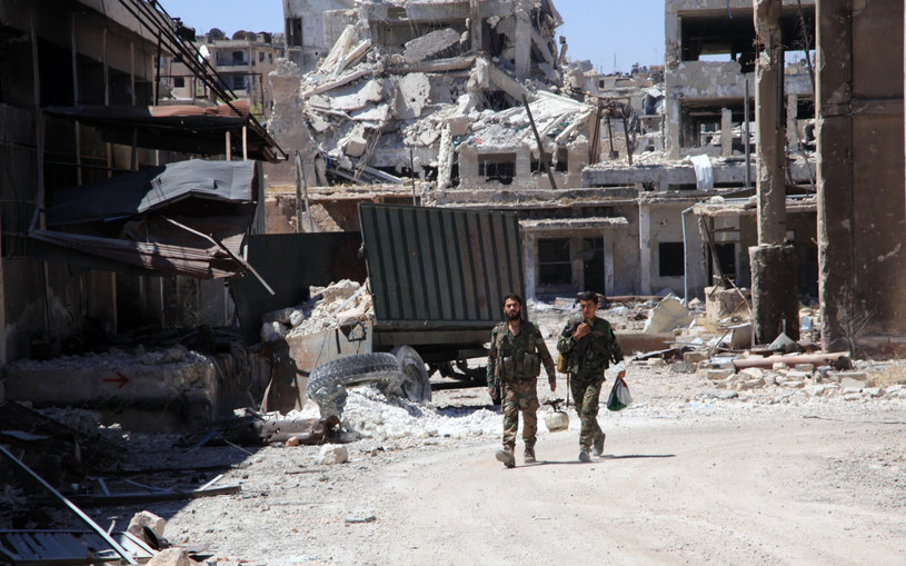 Zrujnowane toczącymi się walkami Aleppo /AFP