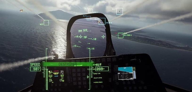 Zrzut ekranu z gry Ace Combat 7, w której jednym z naszych głównych przeciwników są drony /materiały prasowe