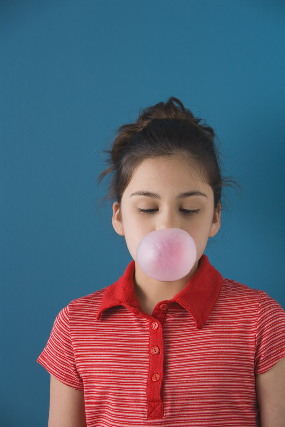 zucie gumy zalety /© Photogenica