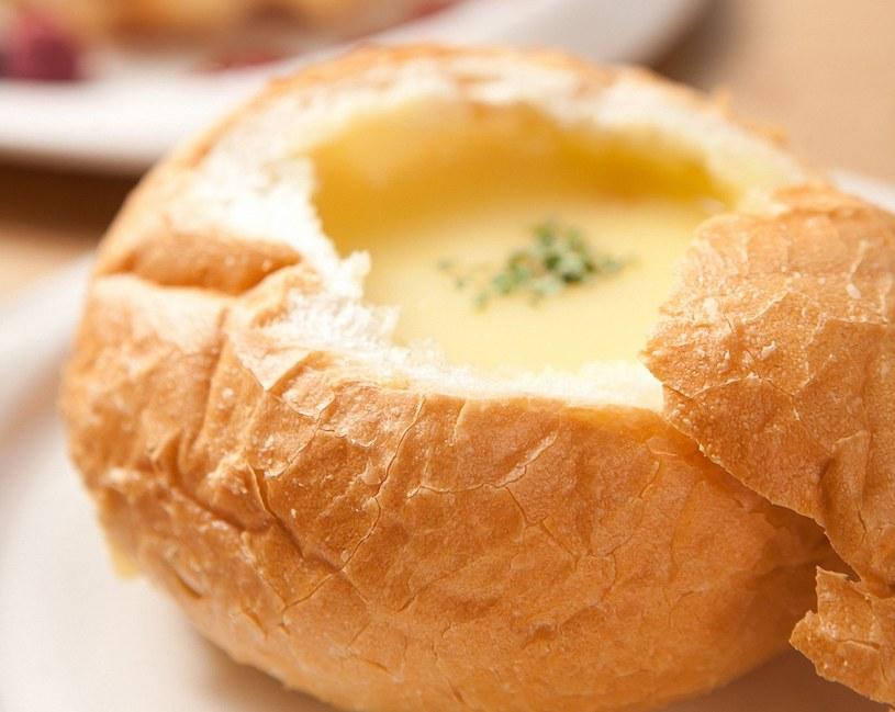 Zupa chlebowa /123RF/PICSEL