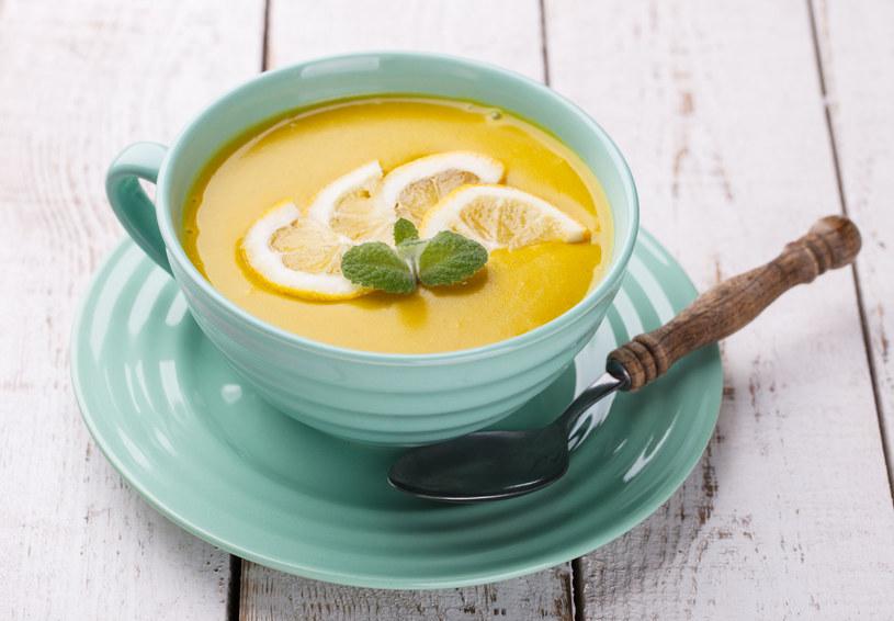 Zupa cytrynowo-imbirowa /123RF/PICSEL