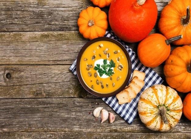 Zupa dyniowa rozgrzeje w chłodny, jesienny dzień /materiały prasowe