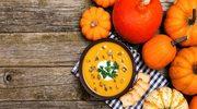 Zupa dyniowa z suszonymi morelami i pestkami dyni