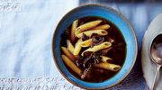 Zupa grzybowa z chrupiącym makaronem