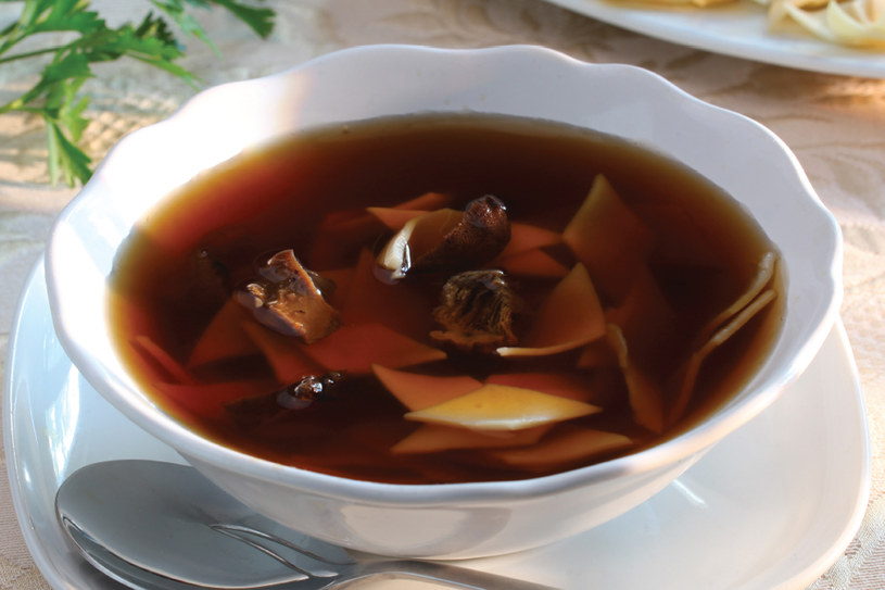 Zupa grzybowa z łazankami, fot. Piotr Syndoman /materiały prasowe