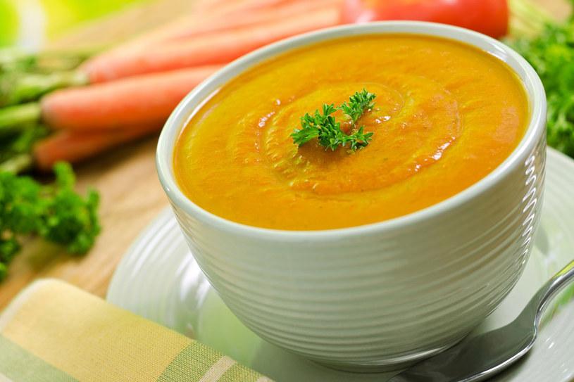 Zupa marchewkowa /123RF/PICSEL