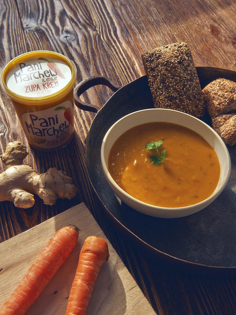 Zupa marchewkowa /Styl.pl/materiały prasowe