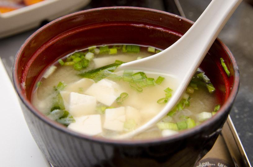 Zupa miso /materiały prasowe