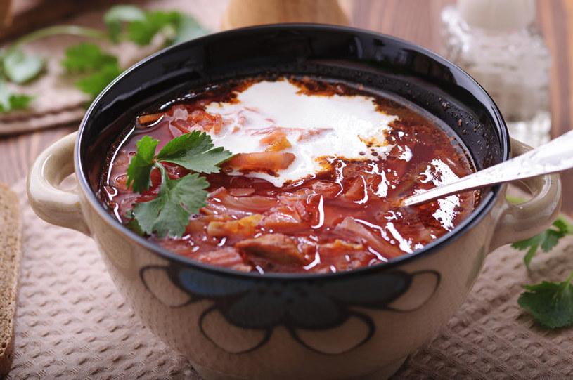 Zupa nie musi być kaloryczna, wystarczy zrezygnować z pewnych dodatków! /123RF/PICSEL