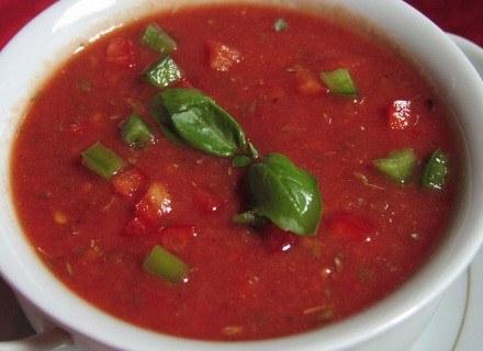 Zupa paradajková to po prostu pomidorowa /MWMedia