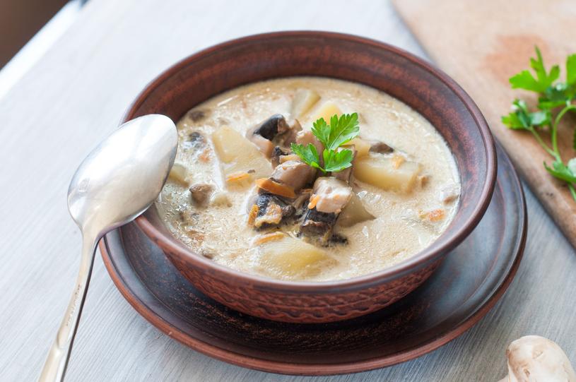 Zupa pieczarkowa /123RF/PICSEL