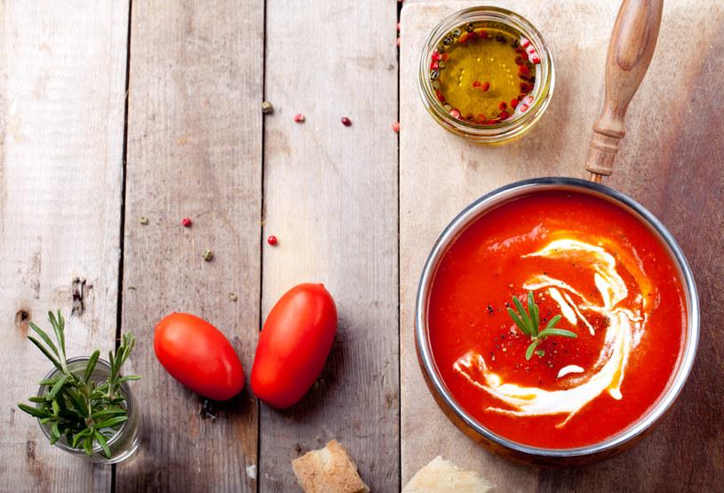 Zupa pomidorowa z dodatkiem papryki /123RF/PICSEL