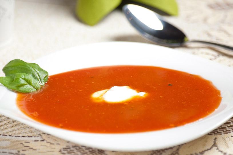 Zupa pomidorowa z soczewicą /materiały prasowe