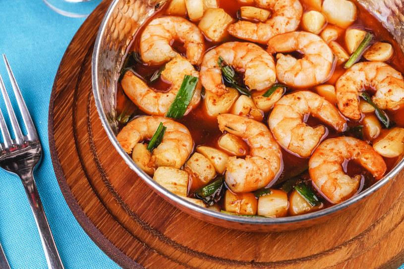 Zupa przygotowana z krewetek /123RF/PICSEL