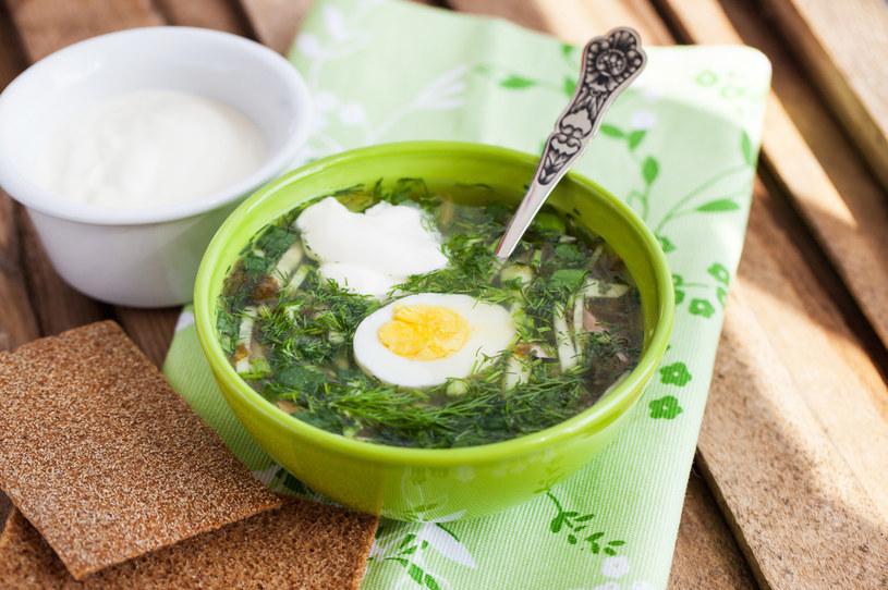 Zupa szczawiowa z kleksem śmietany /123RF/PICSEL