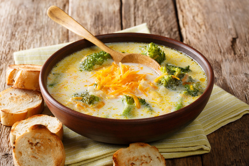 Zupa z brokułem /123RF/PICSEL