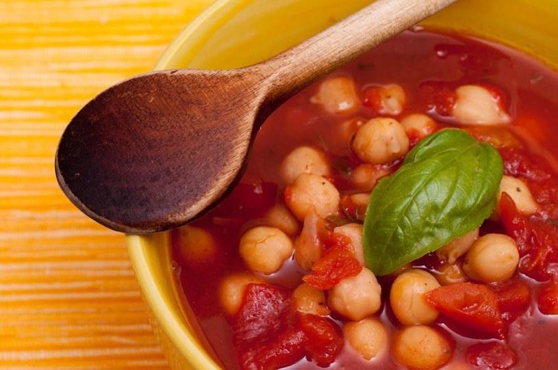 Zupa z ciecierzycą jest bardzo sycąca /123RF/PICSEL