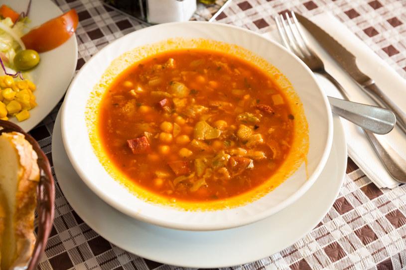Zupa z ciecierzycą /123RF/PICSEL