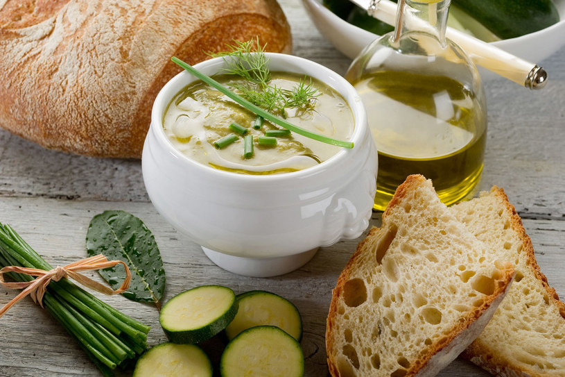 Zupa z cukinii /123RF/PICSEL