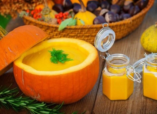 Zupa z dyni, idealna na jesień /123RF/PICSEL