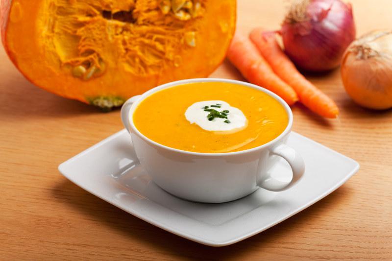 Zupa z dyni świetnie zaspokaja głód  /© Panthermedia