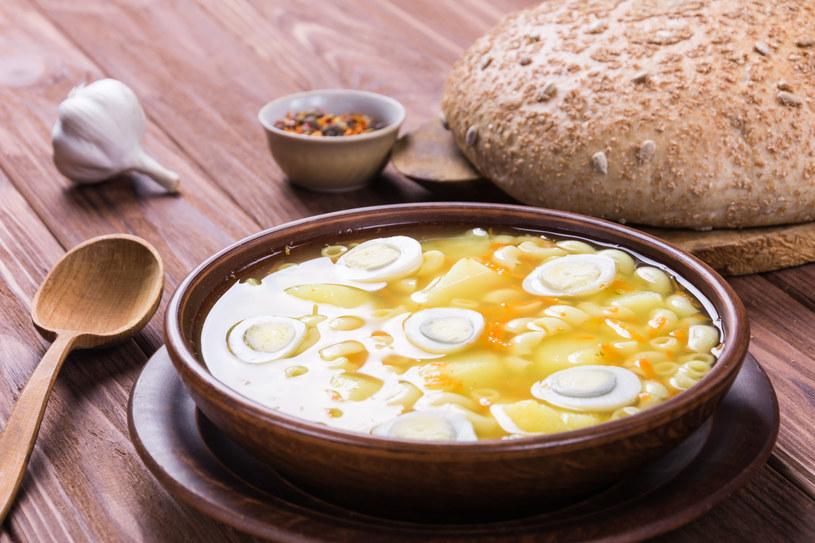 Zupa z jajkami /123RF/PICSEL