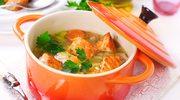Zupa z kawałkami łososia