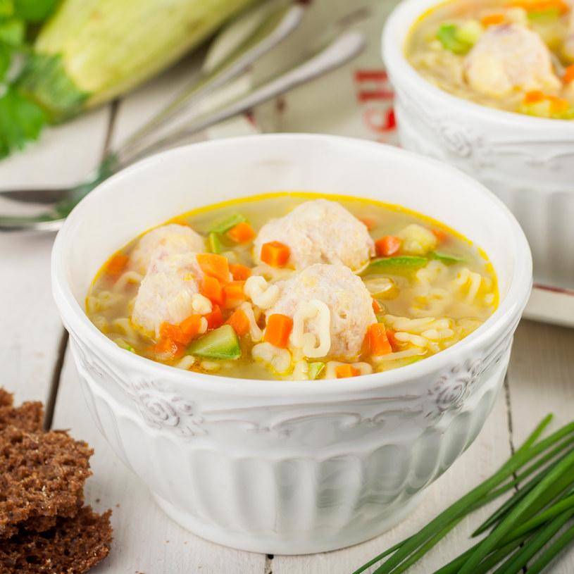 Zupa z kopsikami /123RF/PICSEL