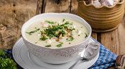 Zupa z pieczonego kalafiora z orzechami