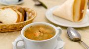 Zupa z pstrągiem i ziołami