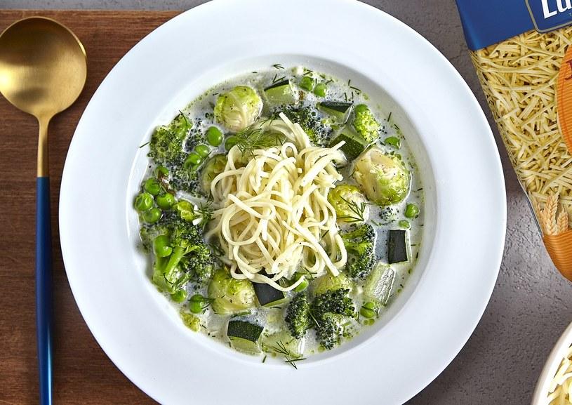 Zupa z zielonych warzyw /materiały prasowe