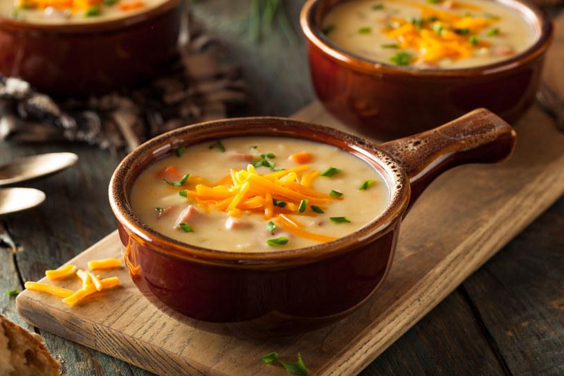 Zupy mogą załagodzić wiele dolegliwości /123RF/PICSEL